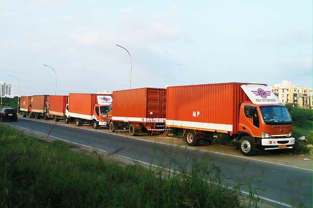 d48542e44c Chennai to Bangalore Goods Transport - Regular Lorry Service